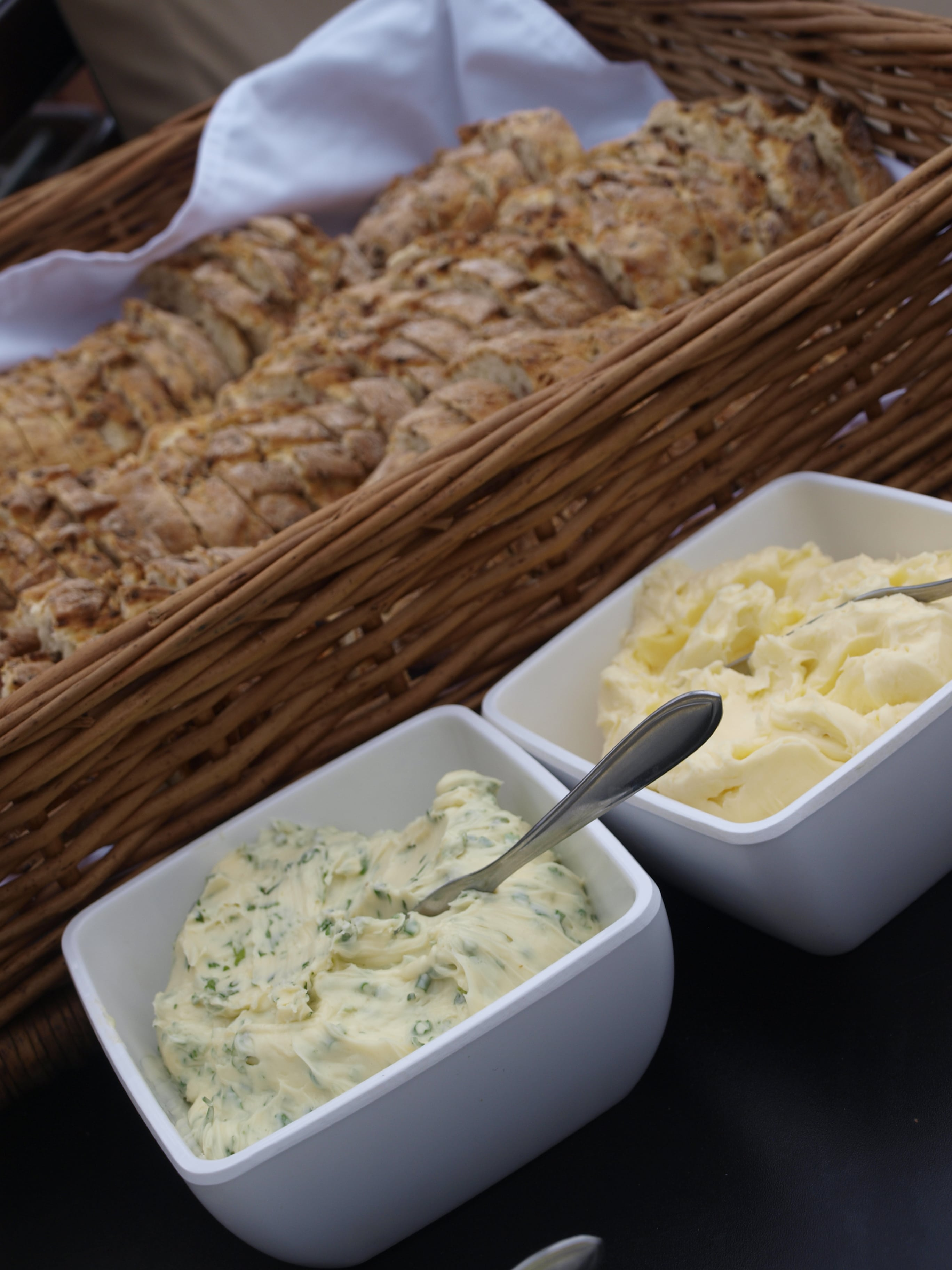 Butter and bread for the Barbecue Buffet